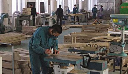 针对性的技术服务 让明珠家居爱上永特耐木工胶生产厂家