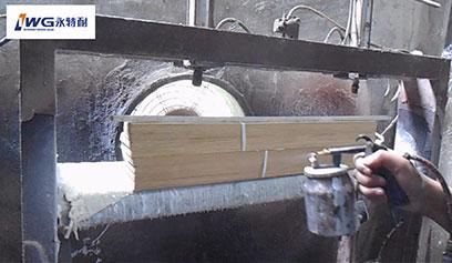 【视频】现场演示木皮无线拼缝胶拼接木皮薄片